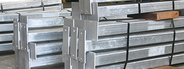 steel_posts